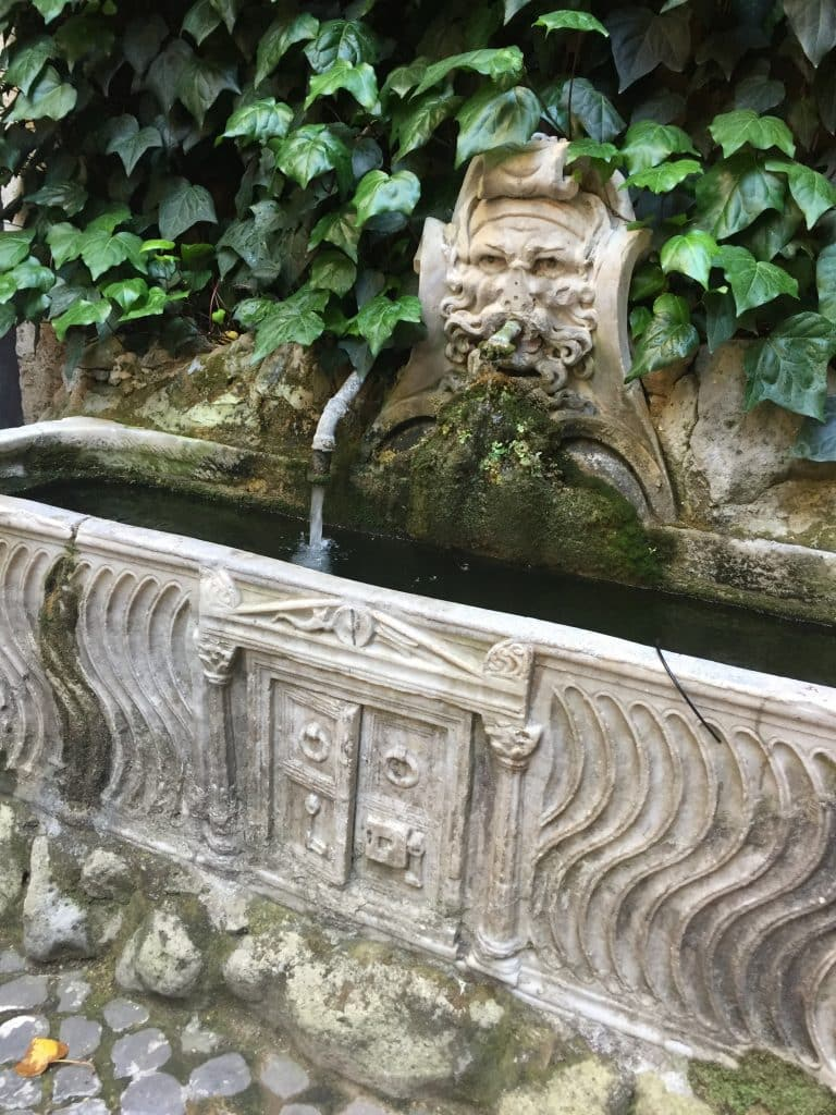 Fountain in the courtyard of the school in Rome