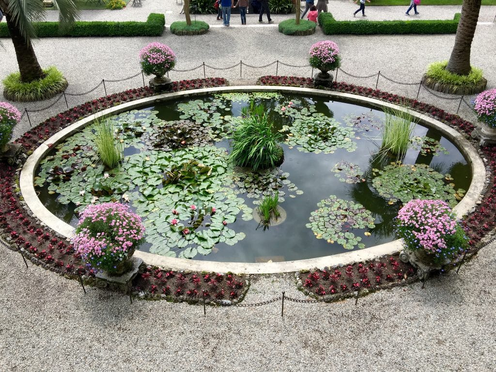 Beautiful Flowers and Gardens around the world: Islo Bella Italy